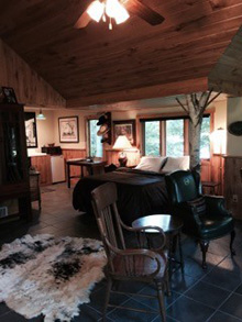 Remington cabin bedroom pic at Ruffed Grouse Lodge in Price County Wisconsin